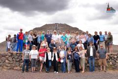 13 Делегаты на пирамидах